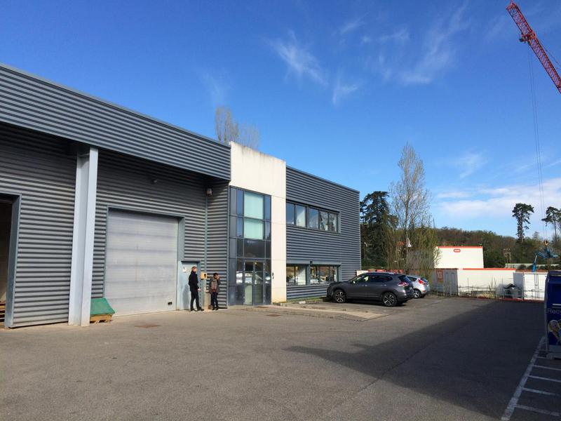Location Locaux d'activités LIMONEST 69760 - Photo 1
