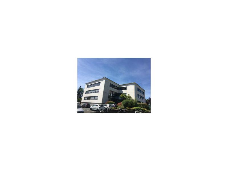 Location Bureaux LIMONEST 69760 - Photo 1