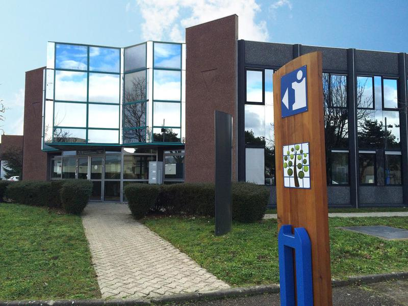 Location Bureaux BRON 69500 - Photo 1