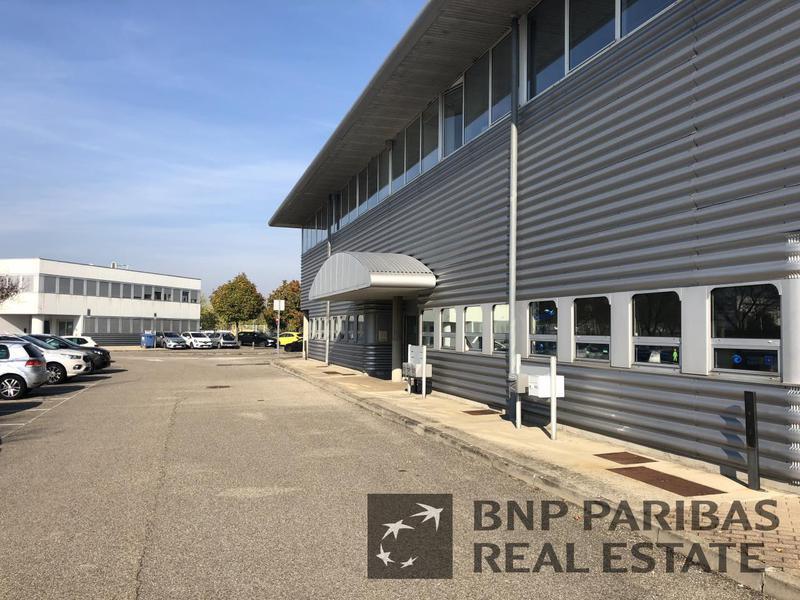 Location Locaux d'activités VILLEFONTAINE 38090 - Photo 1