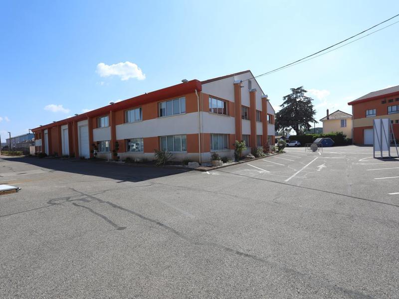 Location Locaux d'activités DECINES CHARPIEU 69150 - Photo 1