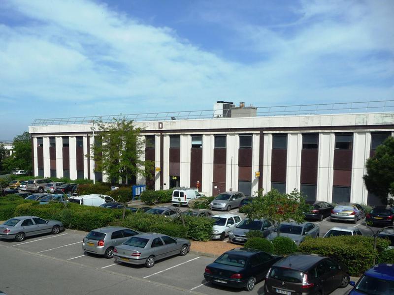 Location Bureaux VITROLLES 13127 - Photo 1