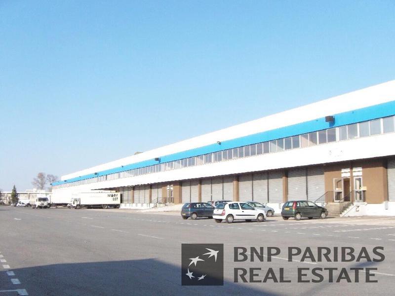 Location Locaux d'activités BRUGES 33520 - Photo 1