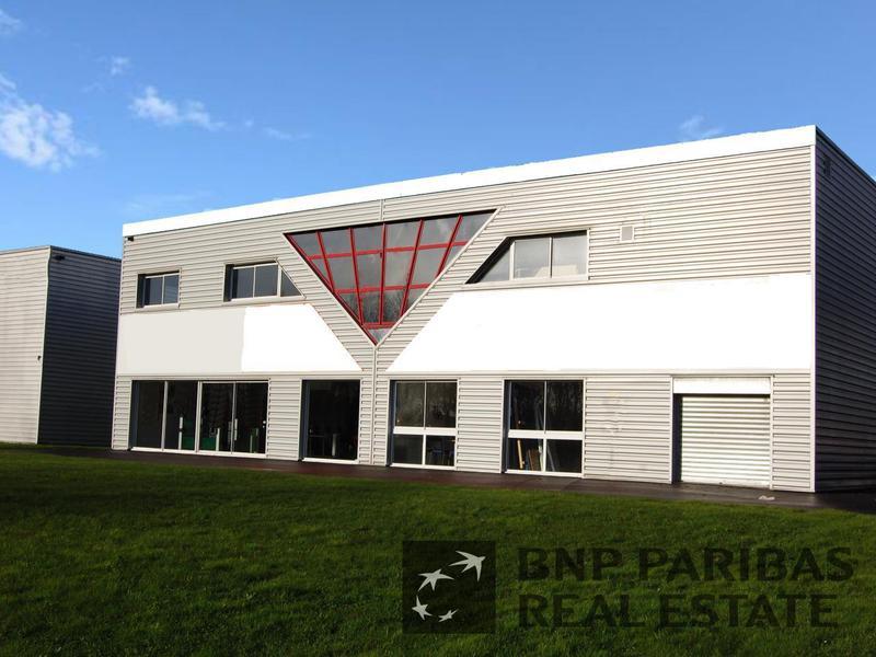 Location Locaux d'activités MONTGERMONT 35760 - Photo 1