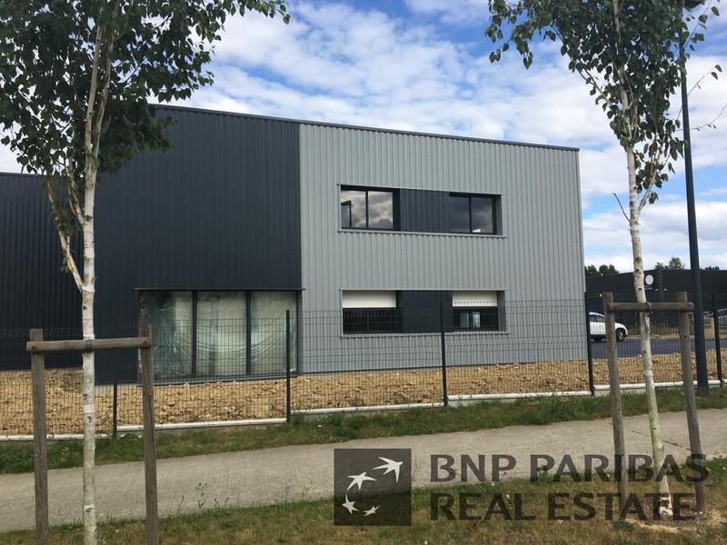 Location Locaux d'activités SAINT ERBLON 35230 - Photo 1