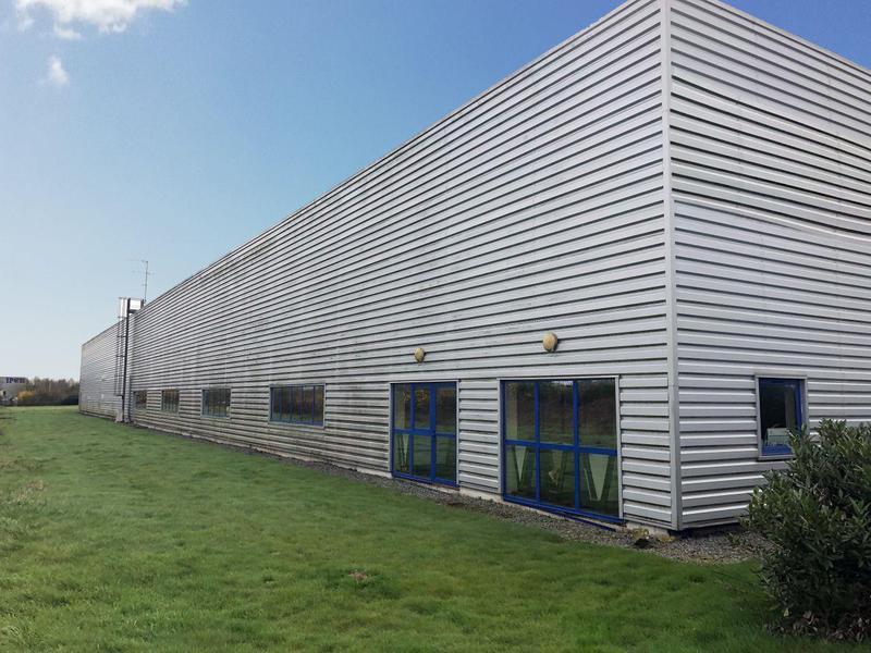 Location Locaux d'activités GUICHEN 35580 - Photo 1