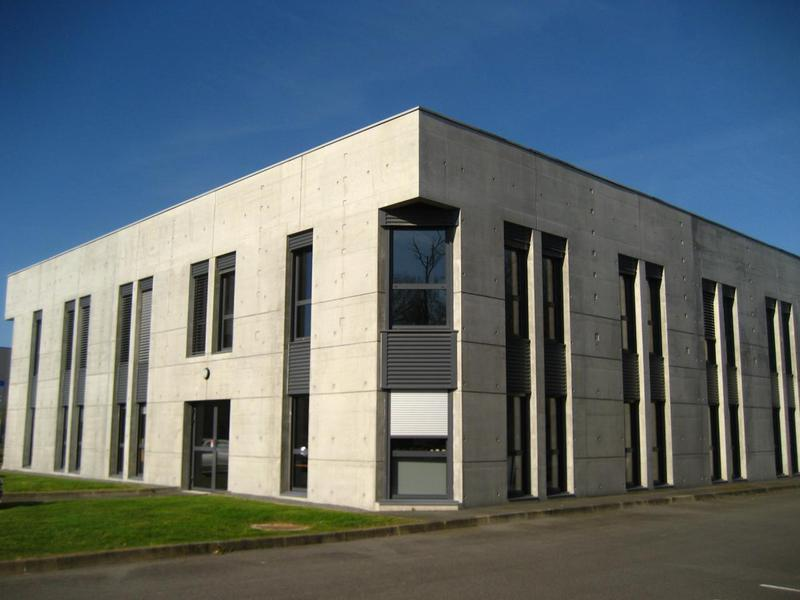 Location bureaux saint herblain 44800 928m2 for Location garage saint herblain