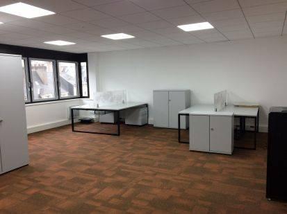location bureaux nantes 44000 78m2. Black Bedroom Furniture Sets. Home Design Ideas