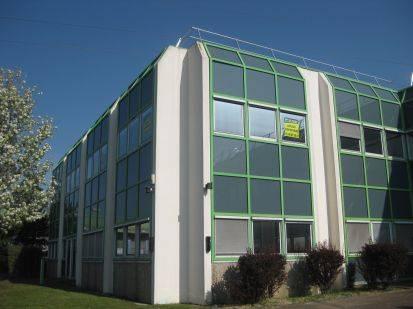Location bureaux nantes 44300 523m2 for Location garage nantes 44300