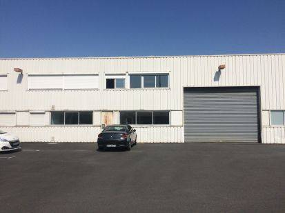 Location entrep t saint herblain 44800 840m2 for Location garage saint herblain
