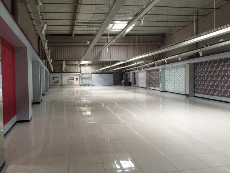 Location Locaux d'activités MAUREPAS 78310 - Photo 1