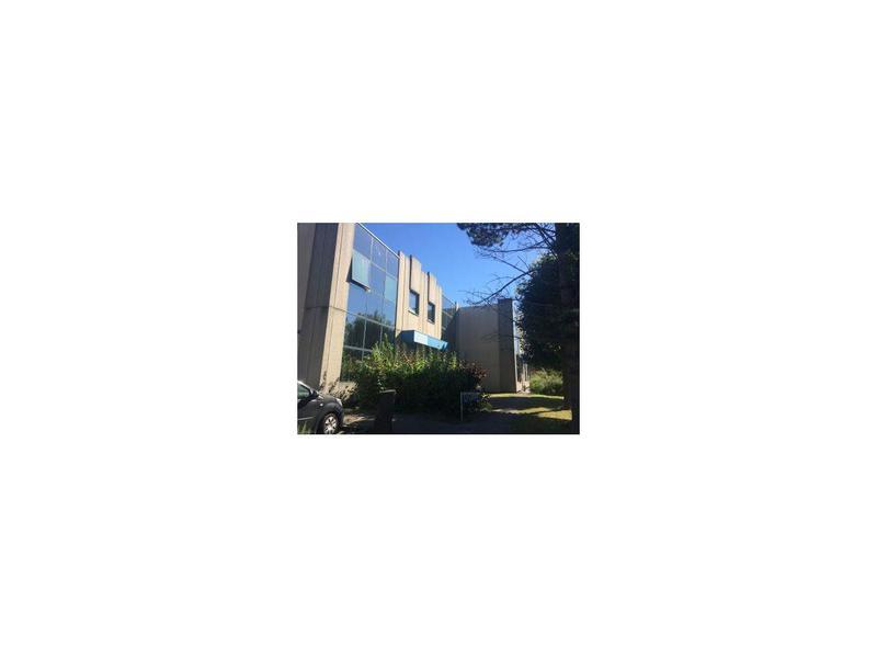 Location Locaux d'activités LA VERRIERE 78320 - Photo 1