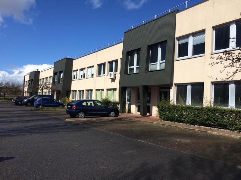 Location Locaux d'activités COIGNIERES 78310 - Photo 1
