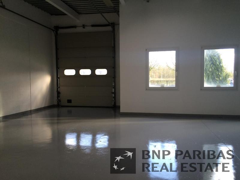 Location Entrepôt MONTIGNY LE BRETONNEUX 78180 - Photo 1