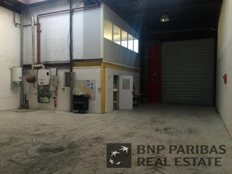 Location Locaux d'activités VERRIERES LE BUISSON 91370 - Photo 1
