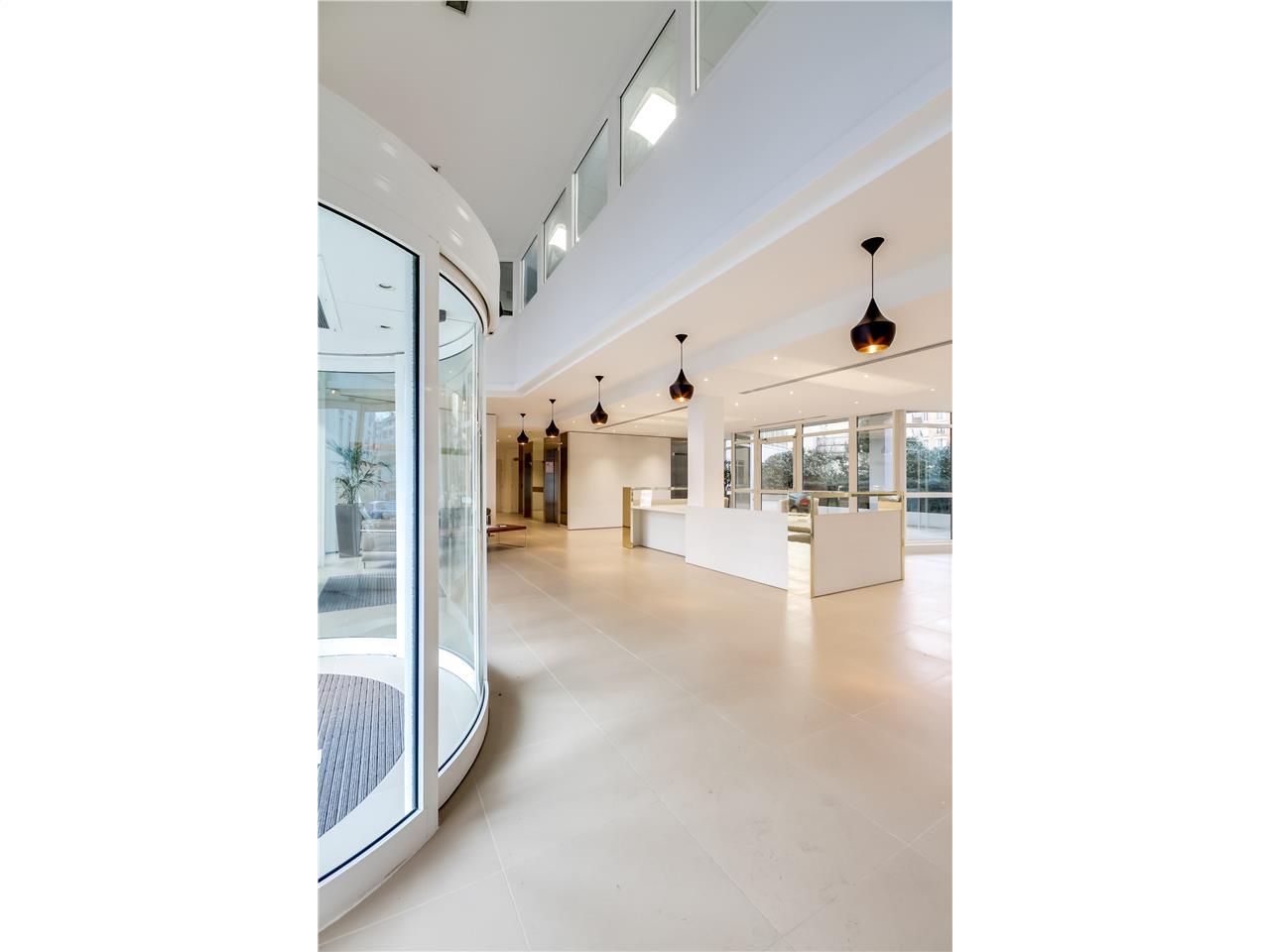 location bureaux issy les moulineaux 92130 630m2 id. Black Bedroom Furniture Sets. Home Design Ideas