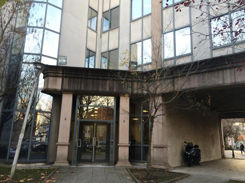 location bureaux neuilly plaisance 93360 790m2. Black Bedroom Furniture Sets. Home Design Ideas