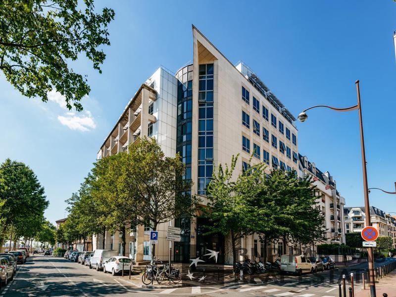 Location Bureaux CHARENTON LE PONT 94220 - Photo 1