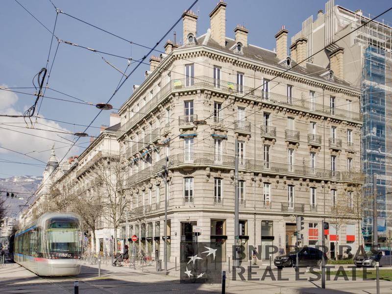 Location bureau grenoble 38000 320m² u2013 bureauxlocaux.com