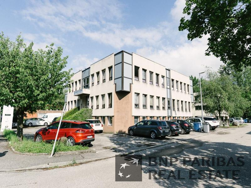 Location Bureau MEYLAN 38240 - Photo 1