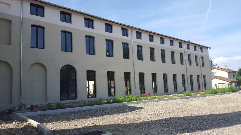 Location Entrepôt Serezin Du Rhone 69360 - Photo 1