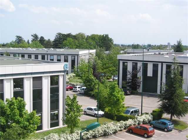 Location Entrepôt Limonest 69760 - Photo 1