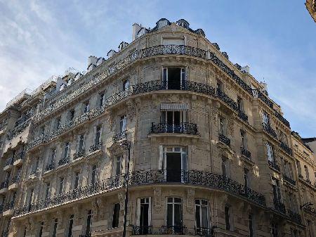 BUREAU 350 m² (non div.) à louer(PARIS 75016) - Photo 1