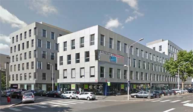 Location Bureaux Lyon 69008 - Photo 1