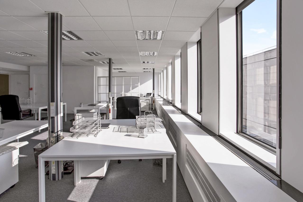 Location Bureaux Paris 12 75012 360m2 Id 327398 Bureauxlocaux Com # Bureau Pc Ferme
