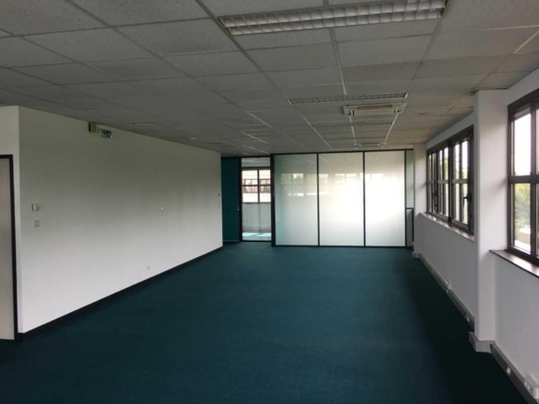 Location bureau compiègne 60200 1 355m² u2013 bureauxlocaux.com
