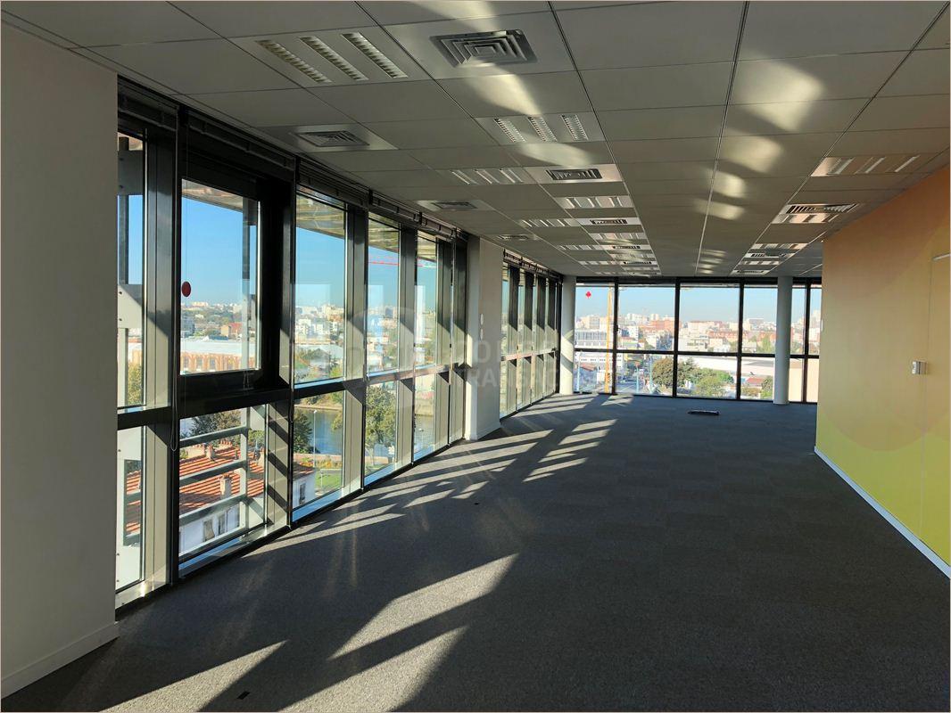 Location bureau alfortville m² u bureauxlocaux