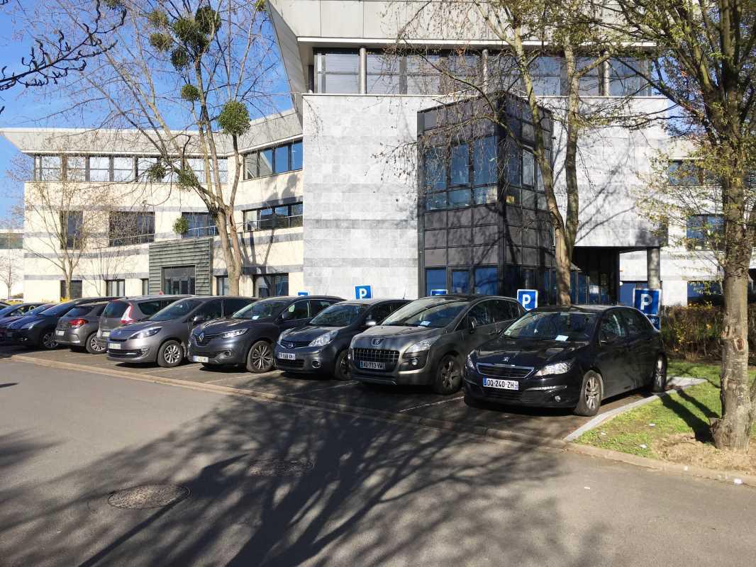Plateforme Du Batiment Gennevilliers location locaux d'activités gennevilliers 92230 307m²