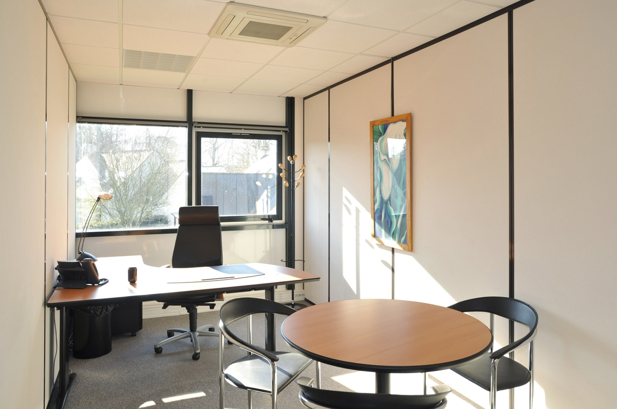 Location coworking et centre d affaires nantes m²