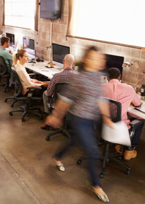 Coworking vs bail classique : qui paye quoi ?